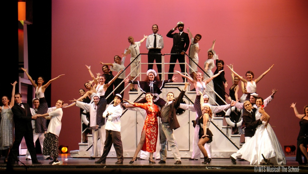 ANYTHING GOES 2004